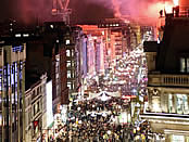 ox_st_xmas_lights_long_fireworks